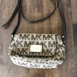 Brown Michael Kors crossbody bag